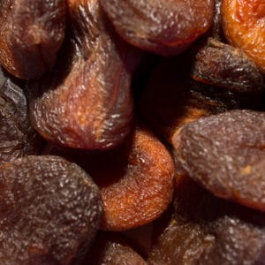 productfoto-reform-en-kruidenkraam-ongezwavelde-hele-abrikozen